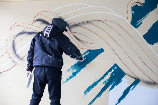 peinture street art piet rodriguez pour offside gallery au stade de Lyon
